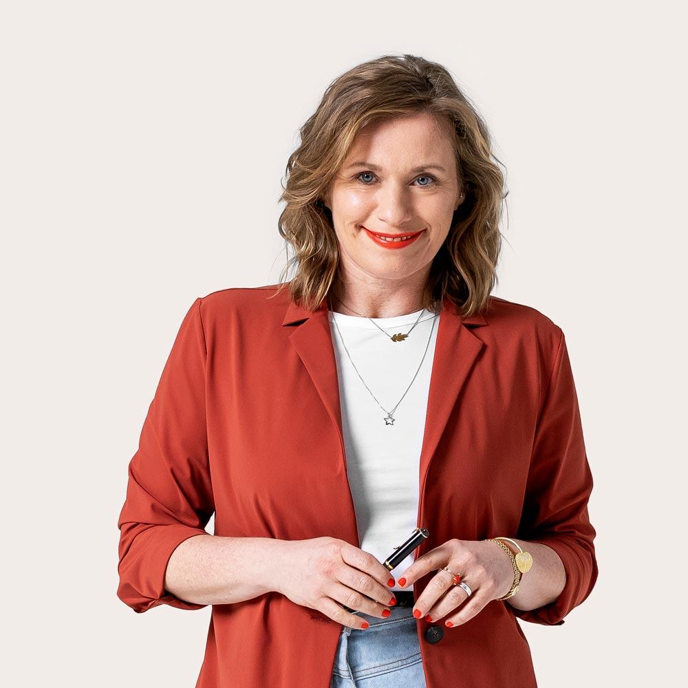 Porträtfoto von Charlotte Heidsiek